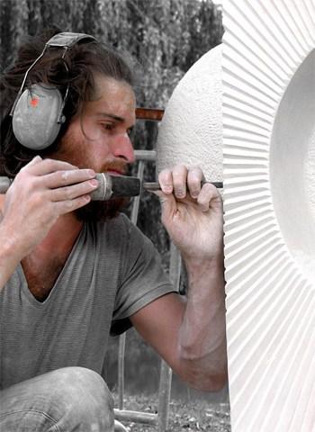 Rénald PIERRE Artiste Sculpteur sculpture à la Galerie d'Art Sylvie Platini Lyon Annecy